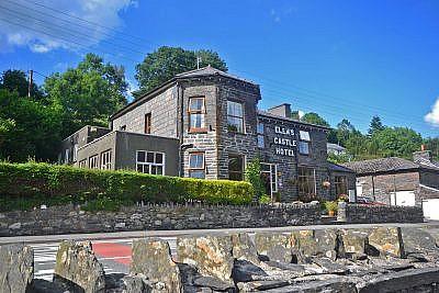 elens castle hotel